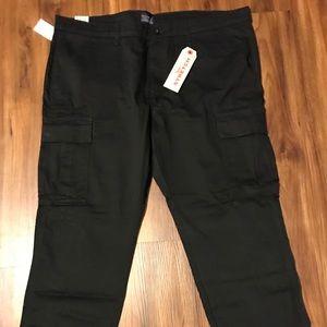 Authentic Men's B&T Levi's Cargo Pants